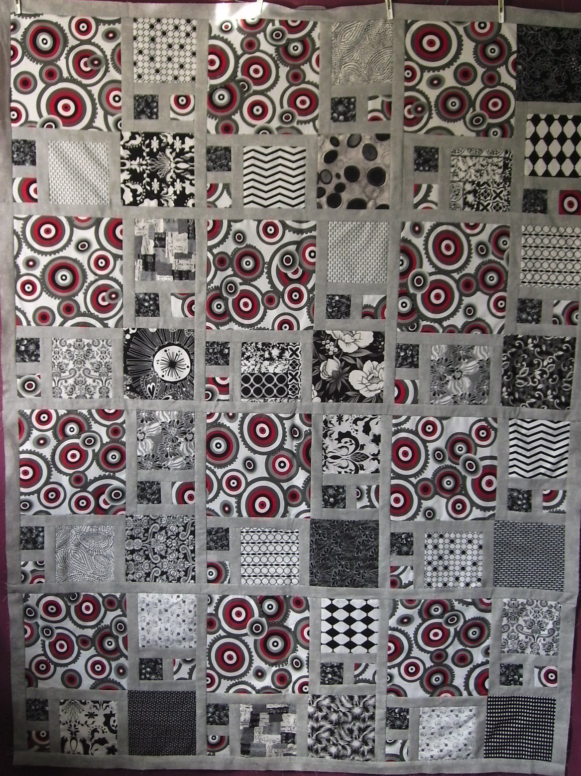 Gray White Quilt : Quilt without guilt black and white quilts