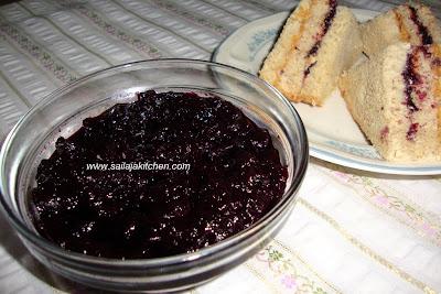 image of Homemade Blueberry & Lemon Preserve / Jam