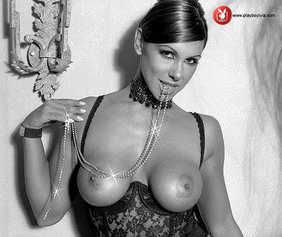 Mónica Farro en revista Playboy
