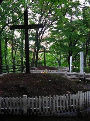 Duas tumbas: Jesus e seu irmão, no Japão