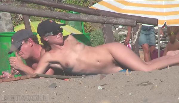 фото скрытой камерой на нудистском пляже