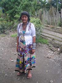 MANSAKA WOMAN, UMPO KIMOD