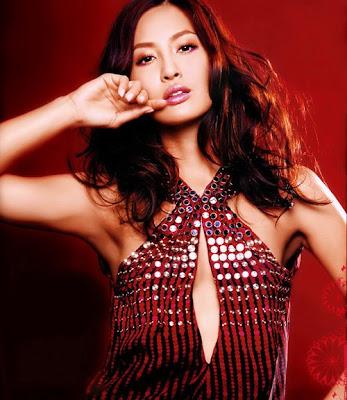10 Model Top Wanita Paling Tercantik dan Terseksi dari ...