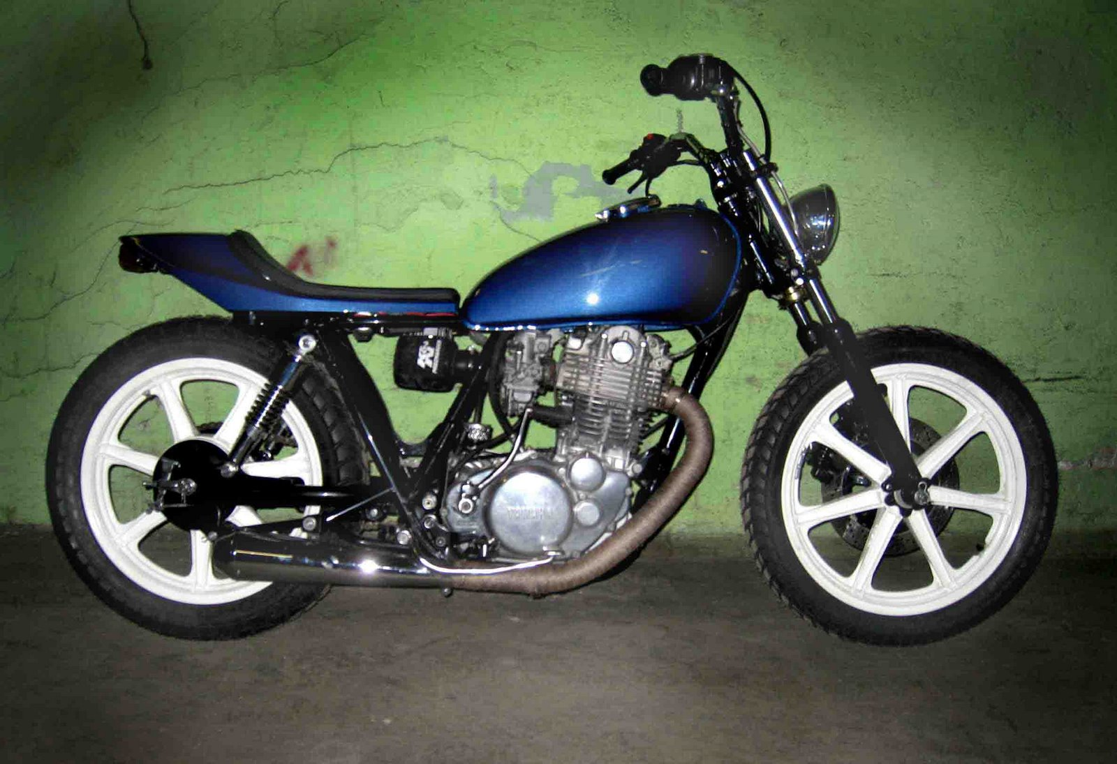 Project 4, 81 Yamaha Sr500. completed sold