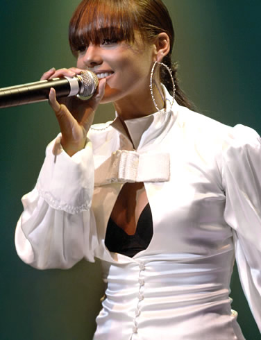 Beautiful Singer Alicia Keys