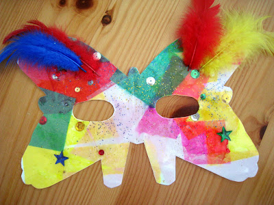 4 crazy kings simple mardi gras mask craft for Mardi gras masks crafts