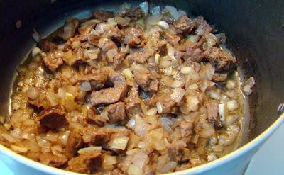 Etli patlıcan yemeği tarifi(resimli anlatım)