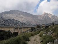 Presa de Cúber amb el Puig Major de fons
