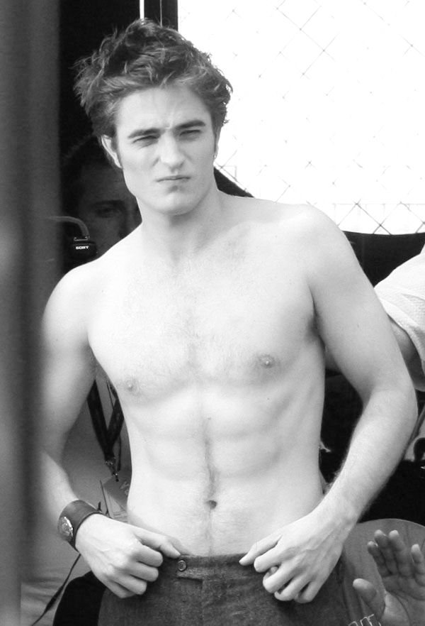 robert pattinson shirtless