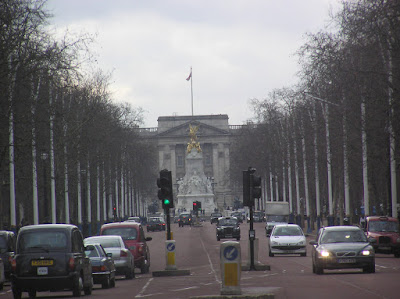 The Mall leading to Buckingham Palace