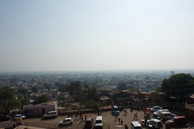 The parking lot of Fatehpur Sikri