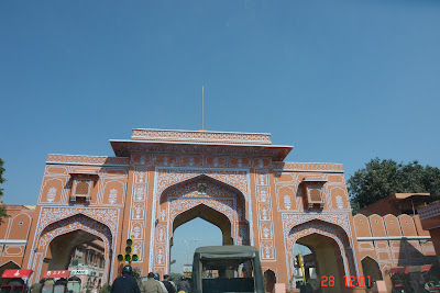 A closer look at the structure of the exterior of the Jaipur City Palace