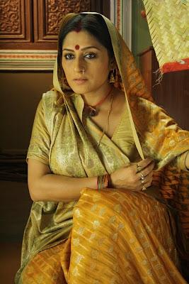 Rupa Ganguly in Agle Janam Mohe Bitiya Hi Kijo