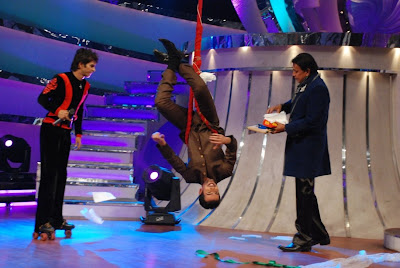 Jay, upside down, being teased by Mithun Da on the sets of Dance India Dance on Zee TV