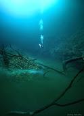 sungai bawah laut