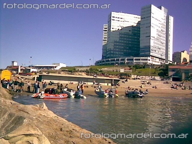 Playa Varese y edificio Cabo Corrientes
