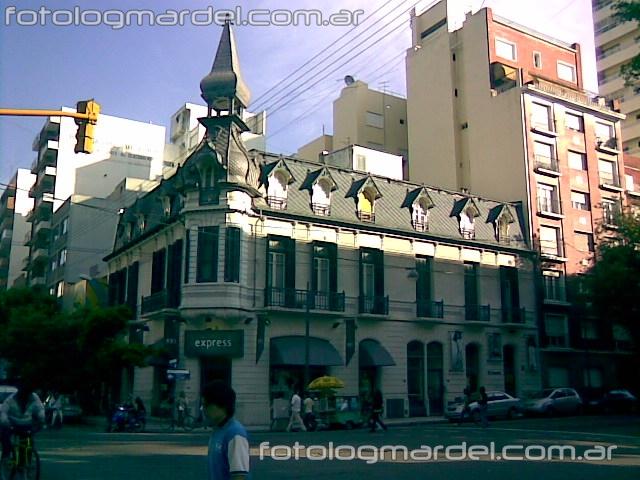 Edificio en la diagonal