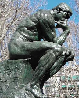 Estatua al pensador