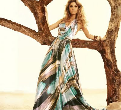 http://1.bp.blogspot.com/_8Uy34rc5LvY/TH67sP6kncI/AAAAAAAAAlM/LhIGJJ4dFsI/s1600/vestido-longo-morena-rosa-estampado.jpg