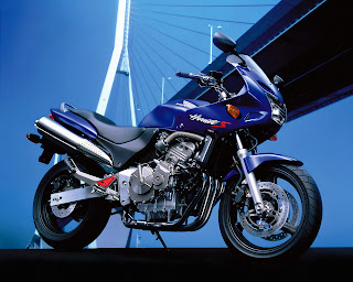Honda CB-600-SF Hornet-S Wallpaper