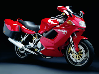 Ducati ST2 Sport Touring Free Wallpapers