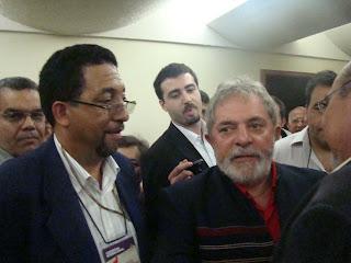 El Manzanillero Tito Olivo junto al presidente de Brasil Lula Da  Silva