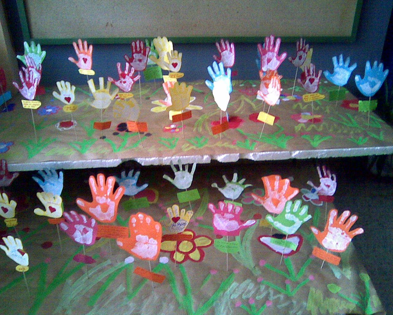 Hablalandia decoramos nuestra aula - Como decorar el salon en navidad ...