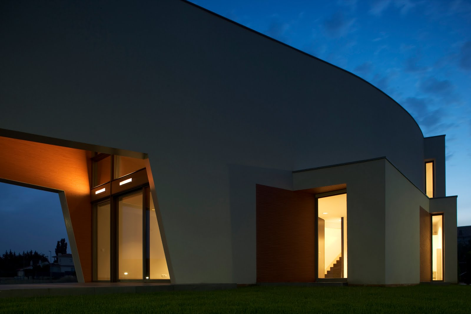 House b matadepera barcelona casa minimalista for Casa minimalista barcelona capital