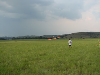 Craig Goodrum landing his F3B Ceres - Round 5