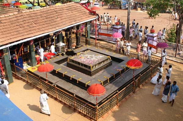 Duryodhana temple, Malanada, Kollam , Hindu Pilgrim festival Kerala