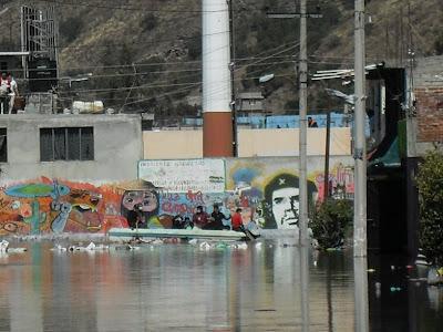 Coordinadora valle de chalco inundaci n en el oriente del for Mural zapatista