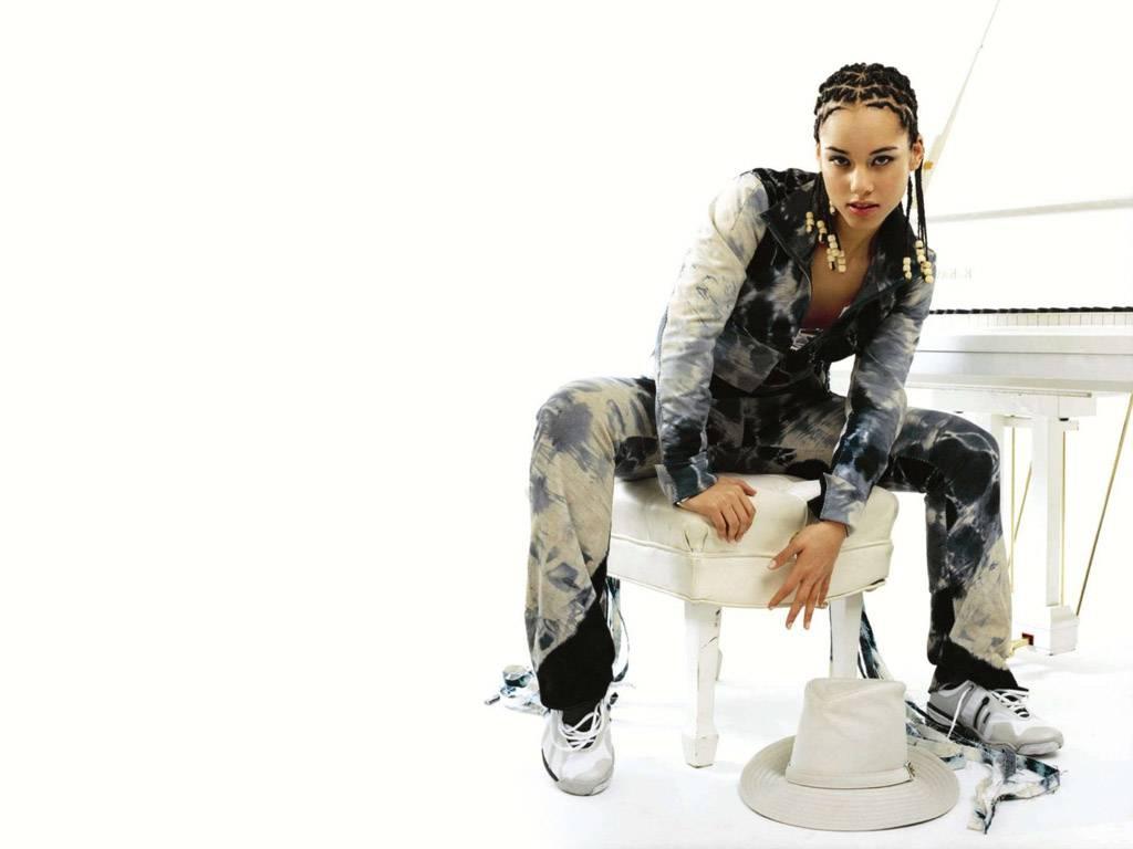http://1.bp.blogspot.com/_8_CLn-I1Tfc/TSbQif46uTI/AAAAAAAAAr8/BjahYBjgsRI/s1600/sexy+Alicia+Keys+wallpapers.JPG