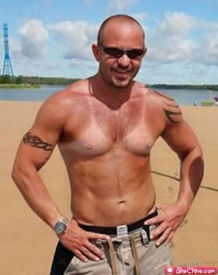 men boobs tanline