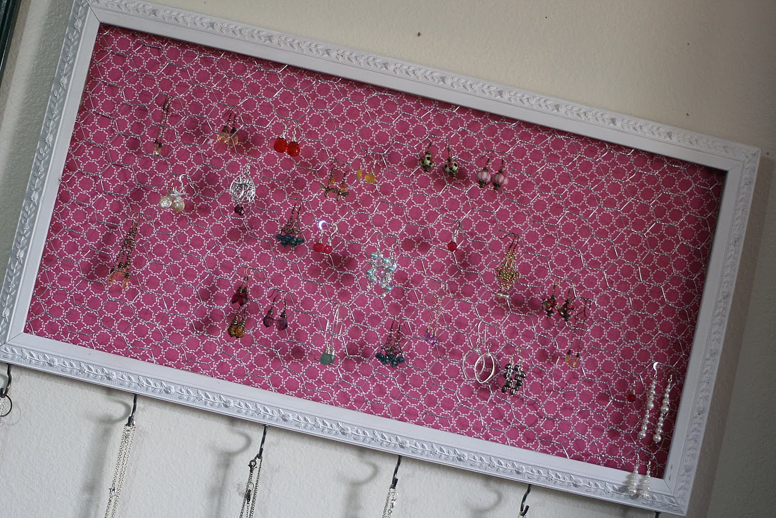 My DIY List Jewelry Organizer