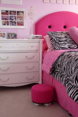 [Micaela's+room+010.JPG]