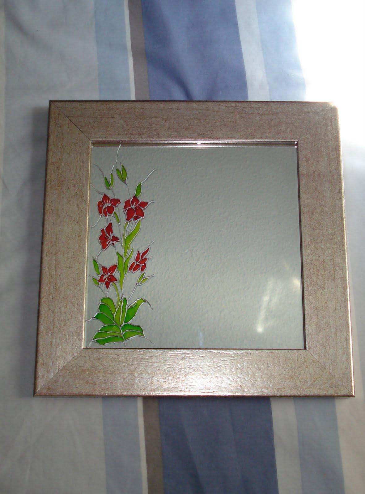 Manualidades y otros entretenimientos decorar un espejo - Espejos para manualidades ...