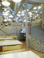 早稲田大学所沢キャンパスにあるロッジ風の食堂の巻。