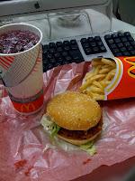 マクドナルドのジューシーチキン赤とうがらしを食べた感想。
