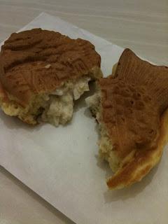 越谷レイクタウンにあるおめで鯛焼き本舗のツナたい焼きを食べた感想