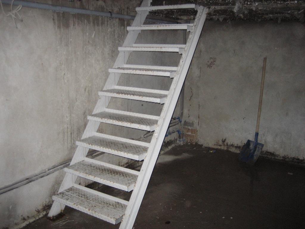 Лестницы своими руками для погреба фото