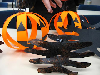 Craft Ideas August on Halloween Ideas  Halloween Crafts For Kids   Easy Halloween Crafts