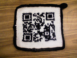 Garden of Forking Paths: Knit QR Code Potholder Pattern
