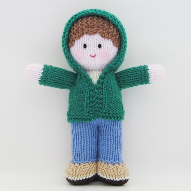 free doll clothes patterns, knitted doll patterns, knitted doll