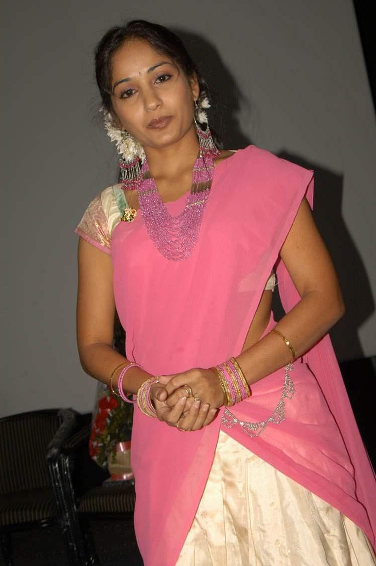 Images Of Actress Madhavi Latha Half Saree Gallery