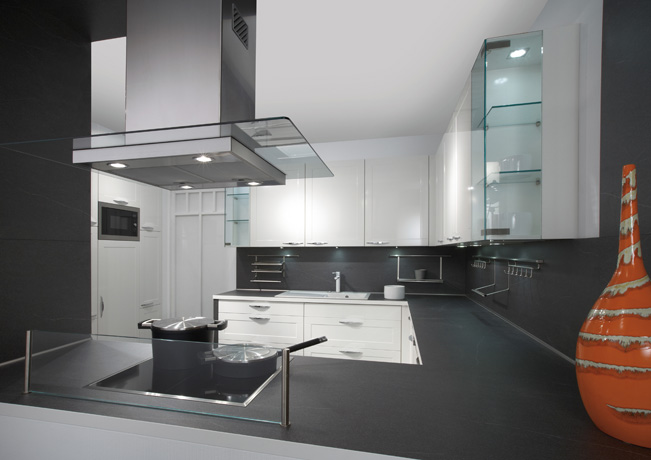 White High Gloss Kitchen Cabinets