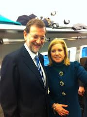 Mª Jesús Sainz y el presidente del PP Mariano Rajoy en viaje a la Convencion de Sevilla, Enero 2011