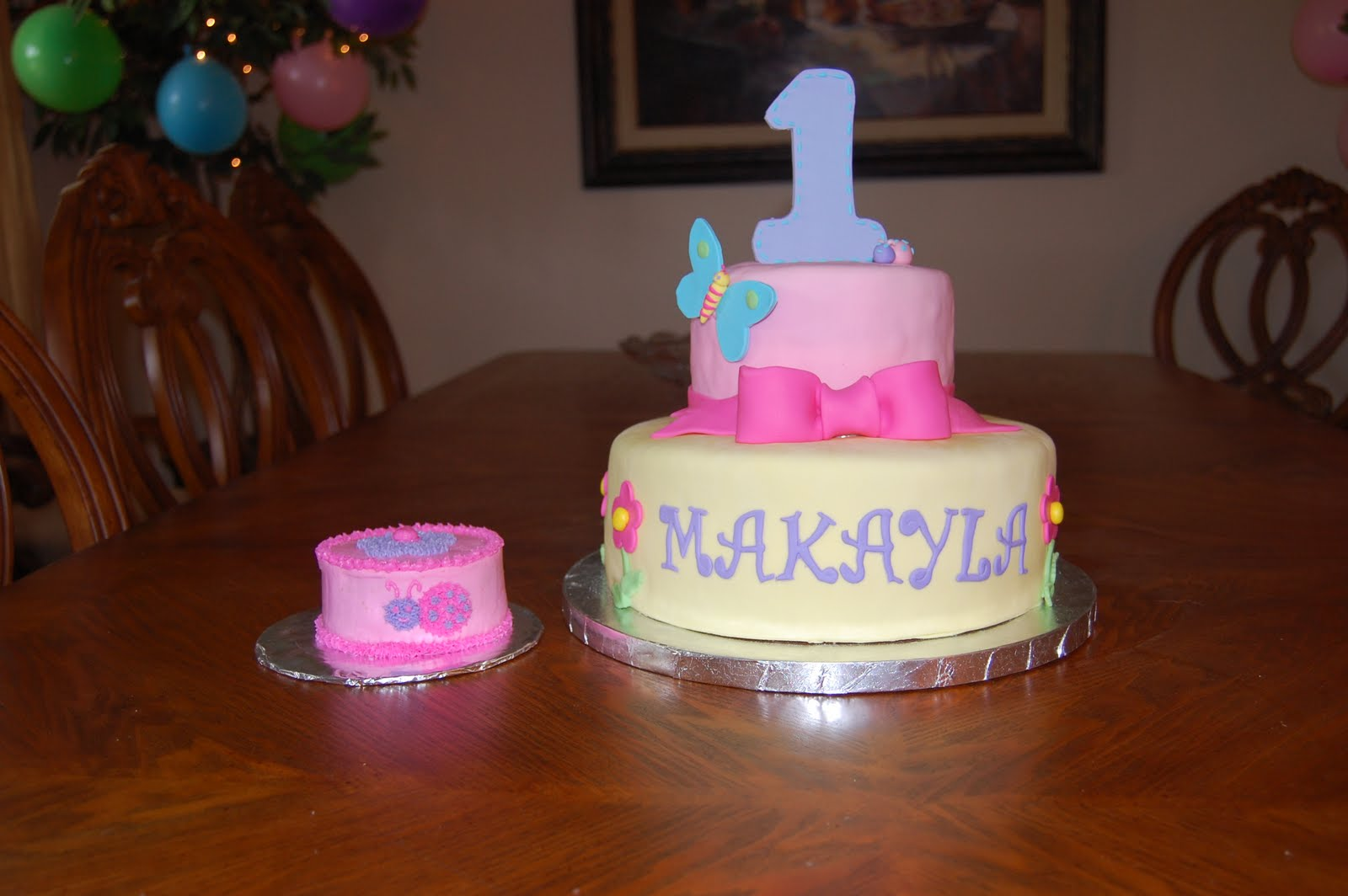 1st Birthday Cake With Smash Cake This Is A 6 Inch And 10 Inch Cake The Top Tier Is Vanilla With Vanilla Buttercream And The Bottom Tier Is Strawberry