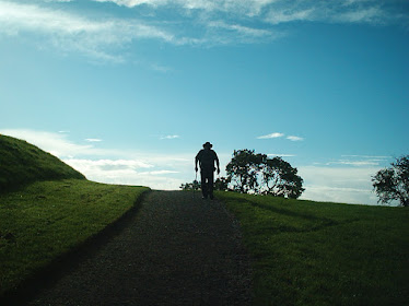 A stroll at Newgrange.