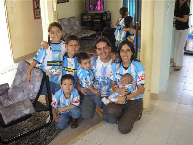 Rafael Lazarte con toda su familia decana!!