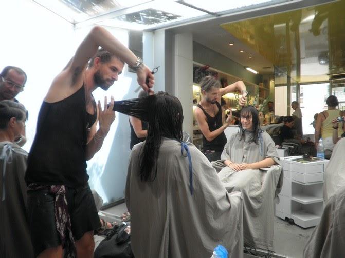 ST-LAURENT 2010 - ABBEY ROAD PROGRAMS: Chez le coiffeur